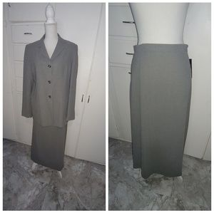 New York & Co. Skirt and Blazer Suit, Size 16